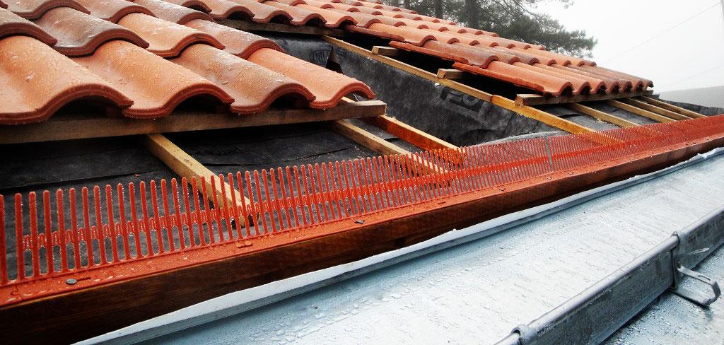 Couverture neuve, Cheminée, Dalles, bandeaux, dessous de toit et pare-moineaux, Faîtage et ligne ...